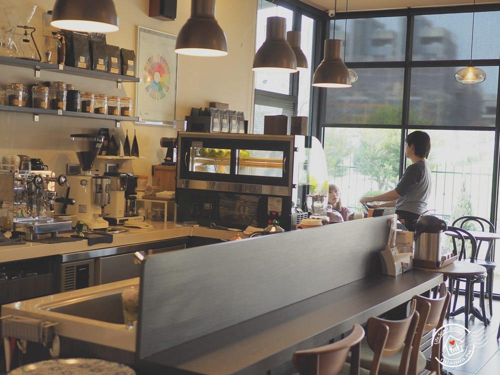 舞森咖啡 台中北屯 咖啡廳 WIFI 單品咖啡 手沖咖啡廳 限量甜點 美式裝潢 53mins 下午茶 台中特色咖啡廳