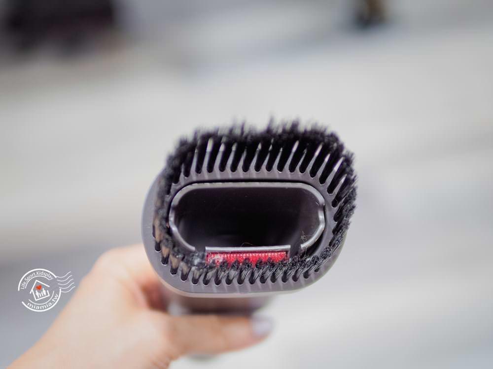 Dyson 戴森 V6 V7 V8 手持吸塵器 吸塵機 塵蹣機 開箱 trigger 迷你電動吸頭 隙縫尖嘴吸頭 二合一組和吸頭 dyson配件 原廠 公司貨 恆隆行 數位馬達 吸力不減 無線吸塵 無耗材 不沾手 妙妙屋 妙麻
